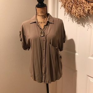 FOREVER 21 (button down top)